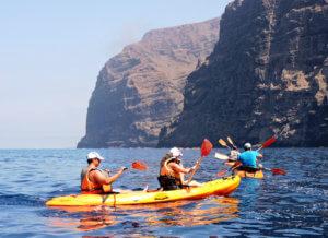 Kayak de mar en Los Gigantes: Bienvenidos al paraíso. kayak-en-tenerife-300x218