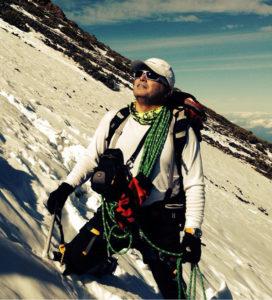 Por la montaña tinerfeña pedro-272x300